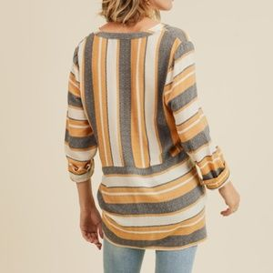 Doe & Rae Tops - Striped shirt with Pockets